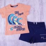 Тениска и панталонки