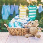 Борба с петната върху детските дрехи